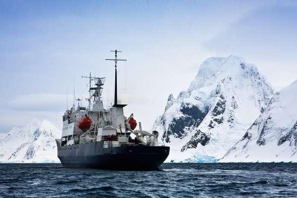 Antarctic Circle, Antarctica