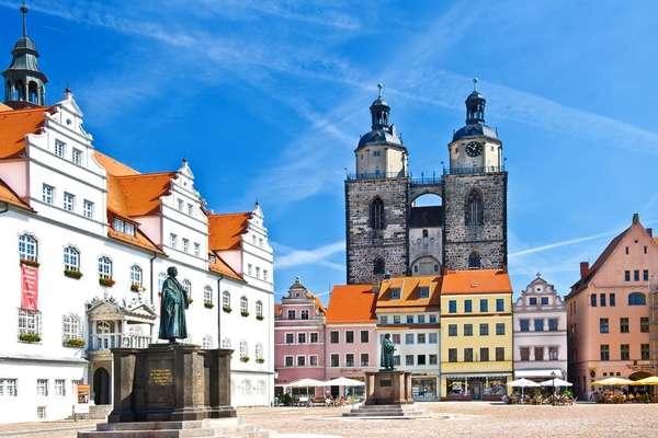 Cruising from Dresden via Dresden