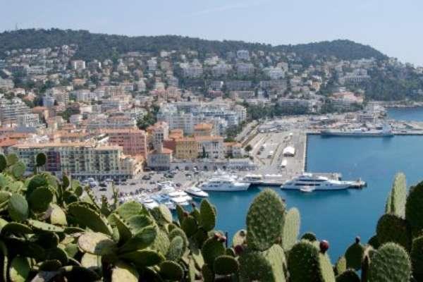 Voyage from Valencia to Nice via Tarragona
