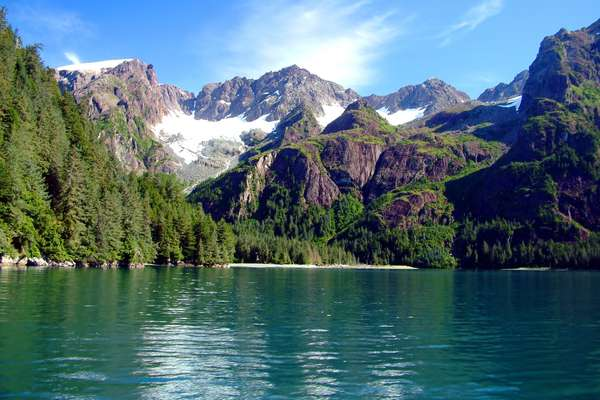 8-Day Vibrant Journey to Glacier Bay