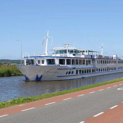 Uitgebreide cruise door Nederland en België