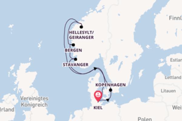 Begeisternde Kreuzfahrt über Geiranger nach Kiel