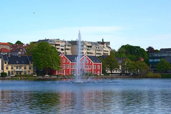 Ressentez avec Oceania Cruises, la destination: Nuuk