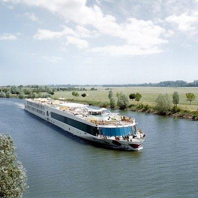 Vanaf Keulen de omgeving van de Rijn ontdekken