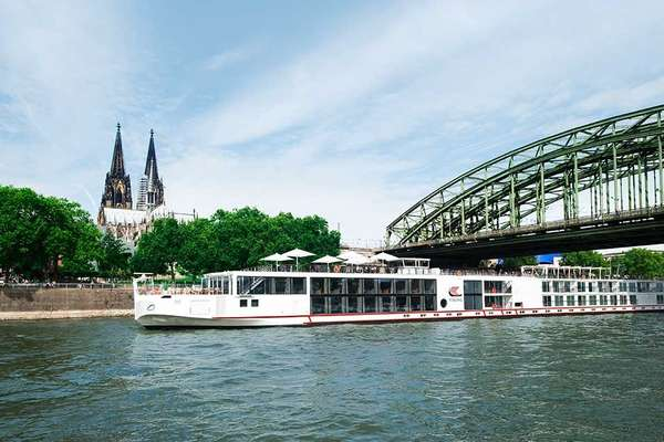 Travelling from Amsterdam via Cologne