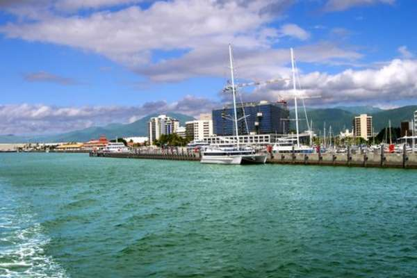 Spectacular Cairns from Sydney with Celebrity Solstice