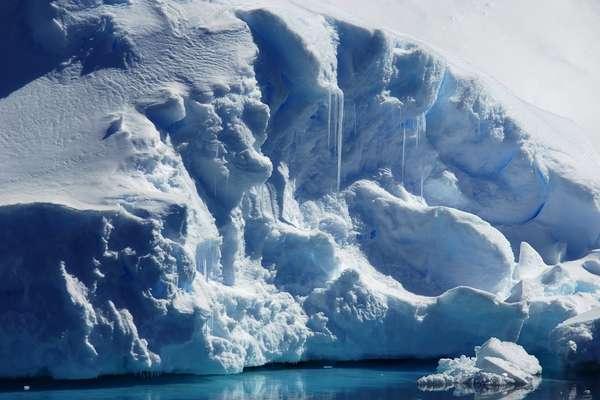 Schollart Channel & Dalhan Bay, Antarctica