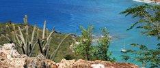 Palmen, Strände und Korallenriffe