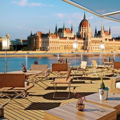 Een prachtige cruise naar Bazel vanaf Amsterdam