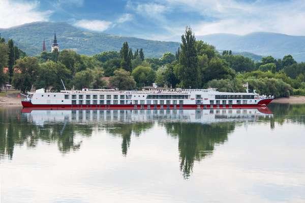 Erstaunlich 6-Tage Hin- und Rückfahrt in Passau mit MS Maxima