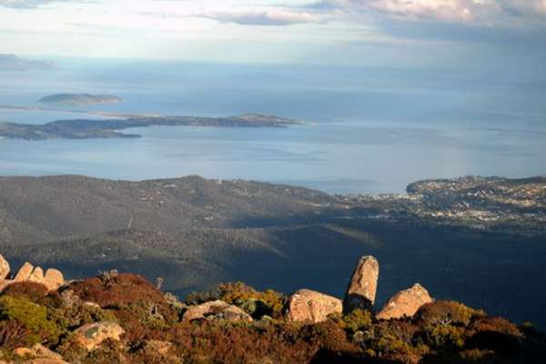 Discover Colorful Hobart, Tasmania from Sydney