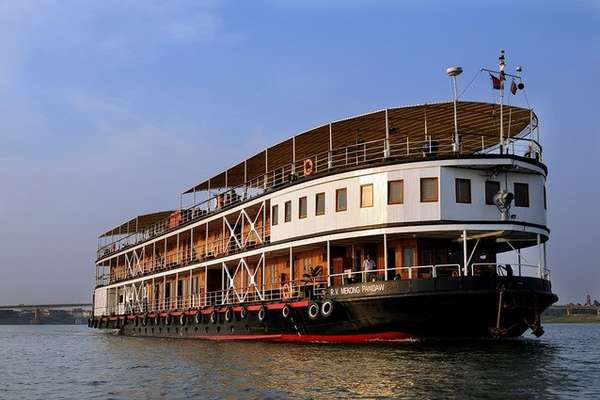 Expedition with Pandaw Cruises from Kampong Cham