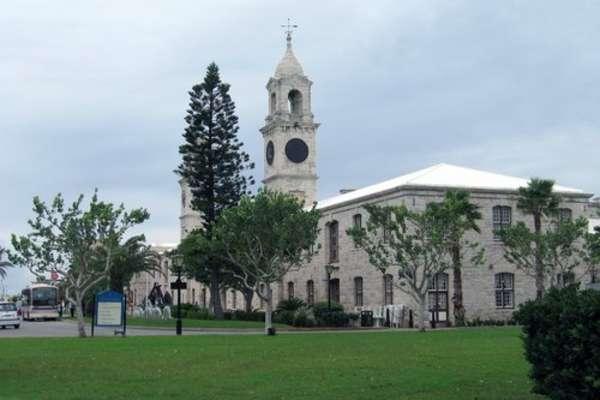 5 jours pour découvrir King's Wharf (Port de la Royal Naval) (Bermudes) à bord du beateau Norwegian Pearl